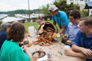2016-hilldrup-crabfeast12