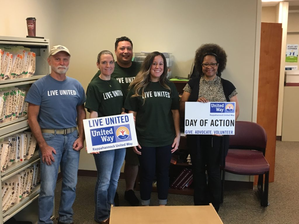 Hilldrup employees volunteering during the United Way's Day of Action