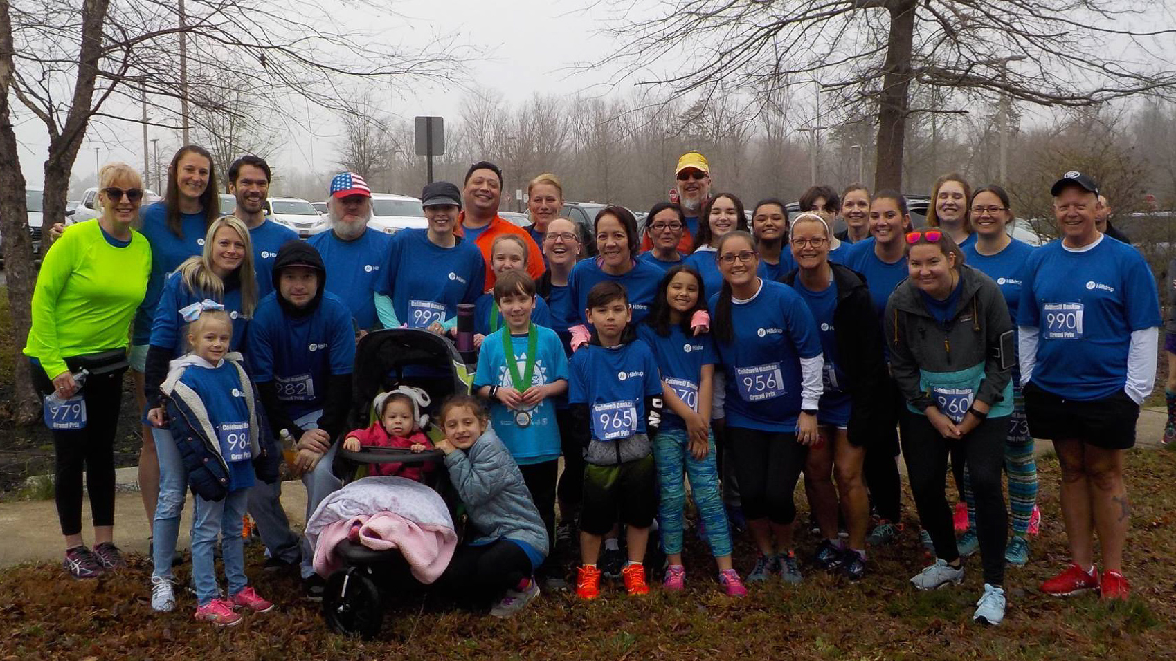 Group photo of Hilldrup Stafford employees at the Stafford 5K