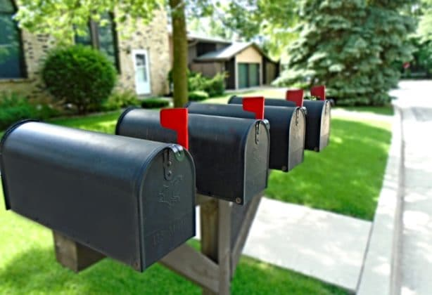 Picture of mailboxes with their flags up.
