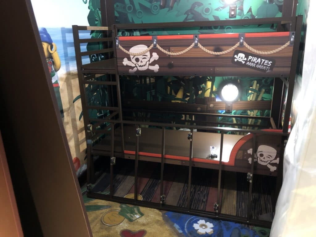 A bunk bed inspired by pirates at Legoland Hotel.