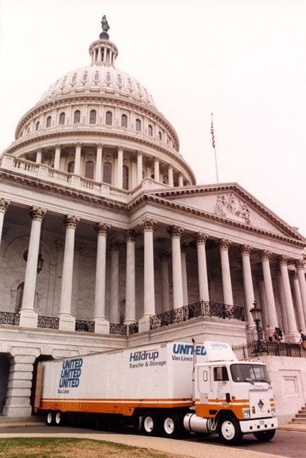 Hilldrup moving truck in front of Capitol in DC